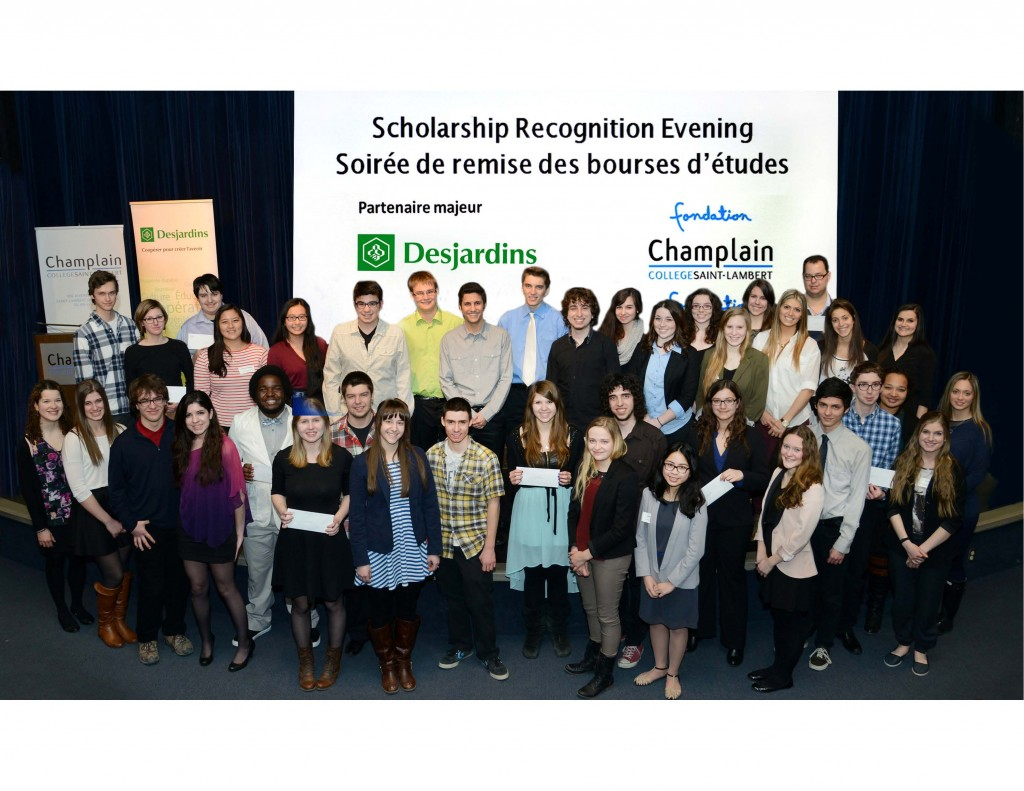 Photo groupe etudiants v2
